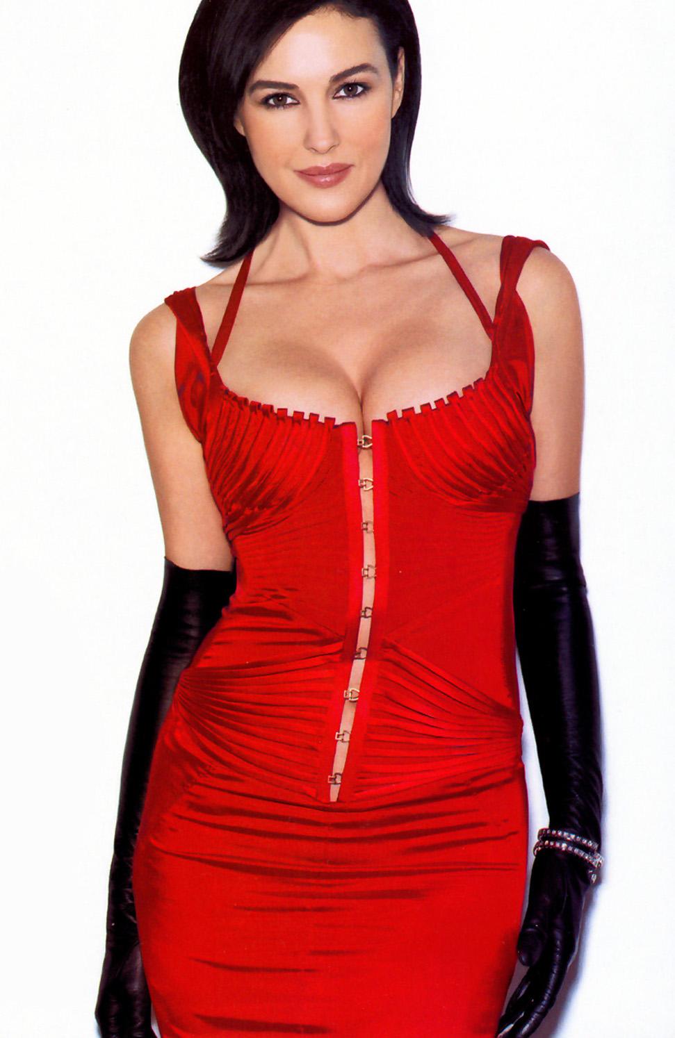 Monica Bellucci Hottest