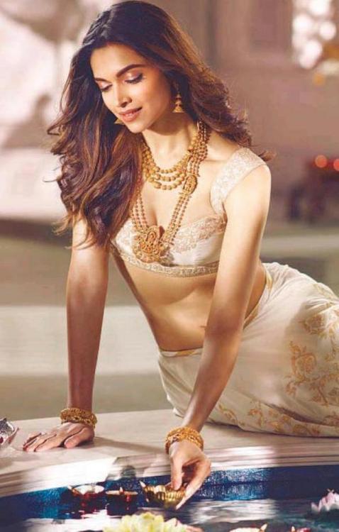 Deepika Amazing Padmavati Movie